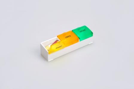 denní dávkovač léků 03 malý